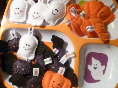 felt bats, ghosts and pumpkins